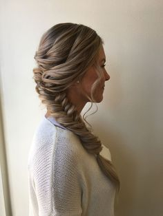 soft + sweet braid to the side | hair +makeup by goldplaited | #braid #hairstyle for work | everyday hair | profesional hairstyle for interviews or the office