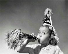 Happy Birthday Art, Happy Birthday Vintage, Happy Birthday Pictures, Happy Birthday Greetings, Birthday Fun, Birthday Messages, Birthday Quotes, Vintage Birthday Parties, Happy B Day
