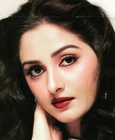 Is beautiful mmm. Beautiful Bollywood Actress, Most Beautiful Indian Actress, Top Celebrities, Bollywood Celebrities, India Beauty, Asian Beauty, Beautiful Eyes, Gorgeous Women, Hema Malini