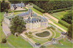Château de Rosanbo►►http://www.frenchchateau.net/chateaux-of-bretagne/chateau-de-rosanbo.html?i=p