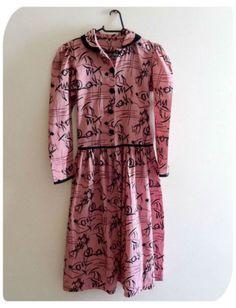 Vestido rosa estampado vintage  R$37.00