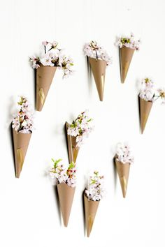hanging-flower-cone-wall-12