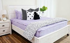 Our SO Grape style is SO popular here at Beddy's, it's SO hard to keep in stock! #beddys #zipperbedding #zipyourbed #girlbedding #girlbed #beddysbeds #girlyroom #girlsroomdecor #girlsroom #girlsroominspo #girlsroominspiration #girlsroomdecoration #girlsroomstyling #girlystuff #bedding #beddings