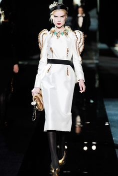 Dolce & Gabbana Fall 2009 Ready-to-Wear - Collection - Gallery - Style.com