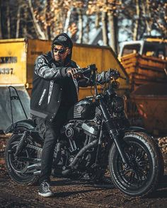 "282 curtidas, 4 comentários - harleyBstyle (@harleybstyle) no Instagram: ""#harleydavidson #harley #bikers #riders #motorcycle #motorbike #hd #chopper #bobber #harleybstyle…"""