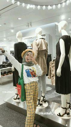 Modern Hijab Fashion, Street Hijab Fashion, Muslim Fashion, Ootd Fashion, Streetwear Fashion, Fashion Outfits, Casual Hijab Outfit, Ootd Hijab, Hijab Trends