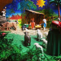 Camino del portal para adorar al Niño | Pesebre de Playmobil 2015 | Yo Pedro