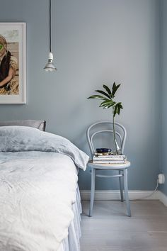 Blue Bedroom Wall – Home Bedroom Blue Bedroom Walls, Bedroom Wall Colors, Home Bedroom, Modern Bedroom, Bedroom Decor, Bedroom Ideas, Master Bedroom, Dulux Bedroom Colours, Light Blue Bedrooms