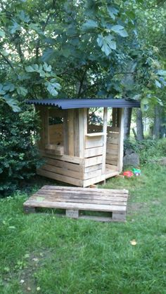 Pallet playhouse - still need to fix roof-                                                                                                                                                                                 More