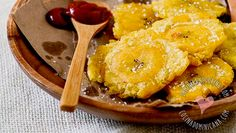 Tostones (Dominican Twice-Fried Plantains): without doubt, one of our favorite side dishes. With a very crispy texture, is vastly prefered to French fries.