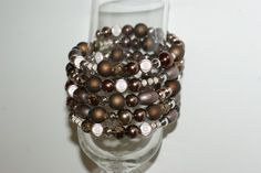 Here is an unique brown spiral bracelet that you just have to wrap it around your wrist . No tax to pay . This jewelry will be shipped in a white cardboard jewelry box in fast delivery. Sister Gifts, Best Friend Gifts, Mother Gifts, Girl Gifts, Gifts For Friends, Gifts For Her, Babysitter Gifts, Aluminum Wire Jewelry, Gifts For Colleagues
