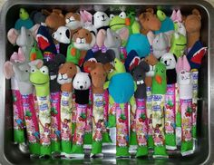 Gogert and finger puppets? Little Presents, Little Gifts, Little Man Birthday, Girl Birthday, Birthday Snacks, Birthday Parties, Ikea, Niece And Nephew, Party Treats