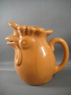 Rooster Creamer Butterscotch Color