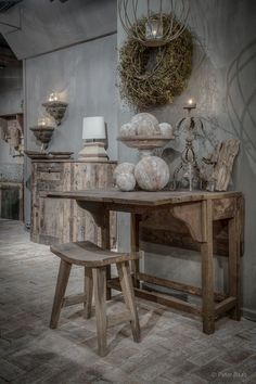 Wabi Sabi Home Decoration Ideas You'll Inspired Wabi Sabi, Rustic Chic, Rustic Decor, Shabby Chic, Deco Champetre, Vibeke Design, Asian Home Decor, Ivy House, Interior Decorating