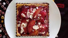 Tarta alsaciana con ciruelas rojas
