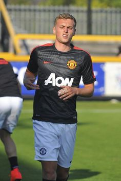 PICTURE: Manchester United starlet James Wilson breaks finger - RedMancunian.com