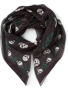 Shop designer scarves for women at Farfetch for warmth and style. Shop knitted, silky and logo scarves from Alexander McQueen, Fendi, Burberry and many more. Alexander Mcqueen Skull Scarf, Designer Scarves, Womens Scarves, Fendi, My Style, Casual, Shopping, Fashion, Moda