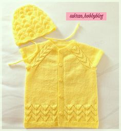 Cute Clothes For Summer Kids Baby Vest, Baby Cardigan, Crochet Kids Hats, Christian Dior, Moda Emo, Baby Sweaters, Summer Kids, Baby Knitting Patterns, Kids Girls