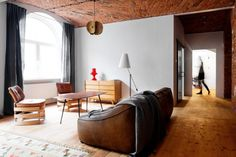 Loft Szczecin, is located in Poland, it used to work as a Marmalade factory. Loft Szczecin study carried out its restoration. Living Room Modern, Rugs In Living Room, Home And Living, Living Spaces, Vintage Furniture, Cool Furniture, Furniture Design, Loft Interior, Interior Architecture