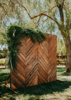 Tropical, rustic, and modern style unite in this wedding ceremony backdrop at Discovery Bay Country Club featuring our reclaimed Chevron Reclaimed Wooden Backdrop. Wedding Backdrop Design, Rustic Wedding Backdrops, Wedding Ceremony Backdrop, Diy Backdrop, Boho Wedding Decorations, Wall Backdrops, Wedding Ideas, Rustic Wedding Arbors, Backdrop Event