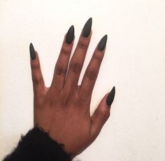 Image de nails, black, and style Gorgeous Nails, Love Nails, How To Do Nails, Pointy Acrylic Nails, Stiletto Nails, Pretty Nail Colors, Nail Ring, Nail Envy, Luxury Nails