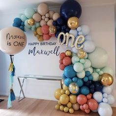 Birthday Balloon Decorations, Birthday Balloons, 1st Birthday Parties, Baby Shower Decorations, Wedding Decorations, Birthday Celebrations, Balloon Backdrop, Balloon Garland, Balloon Party