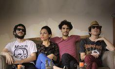 Moldes acaba de regresar de una gira en Bogotá, como ganadores del premio Ibermúsicas. Conversamos con ellos antes y después de la gira, acerca del trabajo de la banda y sus recientes salidas internacionales.