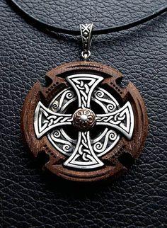 Todchic, Magische Zauberwelt, Holz, Amulett, Höchstes keltisches Kreuz
