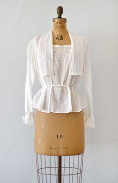 Antique 1910s Edwardian batiste shirtwaist   Adored Vintage