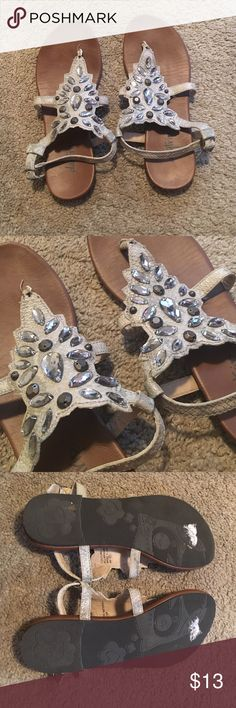 Daytrip Sandals-size 8 Daytrip Sandals {subtle snakeskin print} with diamond detailing. *LIKE NEW* (bottom of sandals in picture to show they were worn once. White spots on bottom we're from the price stickers) Daytrip Shoes Sandals
