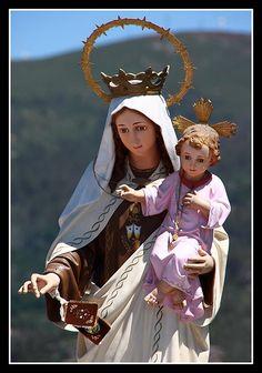 La devoción a la Virgen del Carmen que surgió por la yihad