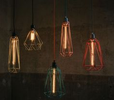 Lampada a sospensione / lampada da tavolo in metallo BLACK CAGE RED FABRIC WIRE - FILAMENTSTYLE