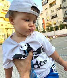 Baby Boy Swag, Cute Baby Boy, Cute Little Baby, Cute Kids, Boys Summer Outfits, Baby Boy Outfits, Cute Baby Pictures, Baby Photos, Cute Babies Photography
