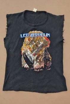 ea4e8c99cd408 1970s Led Zeppelin Thick Knit Ultra Rare Tee