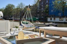 Luxurious houseboat in Amsterdam Centre!