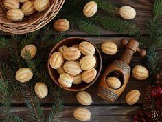 Polish walnut-shaped cookies / ciasteczka orzeszki Trending Paint Colors, Shaped Cookie, Waffles, Almond, Food Photography, Stuffed Mushrooms, Dessert Recipes, Cooking Recipes, Cookies