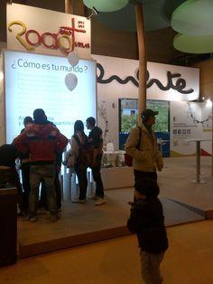Los visitantes de #Fitur2013 en el stand de #Almonte RocíoJubilar