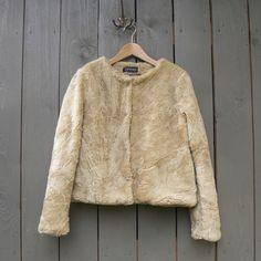 Műszőrme kabát (zsiemankaje) - Meska.hu Fur Coat, Sweaters, Jackets, Fashion, Down Jackets, Moda, Fashion Styles, Sweater, Fashion Illustrations
