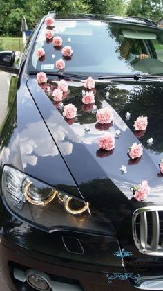 ↗️ 85 Pretty Wedding Car Decorations Diy Ideas 6379 Wedding Car Deco, Wedding Getaway Car, Wedding Table, Dream Wedding, Wedding Hall Decorations, Stage Decorations, Just Married Car, Bridal Car, Butterfly Wedding