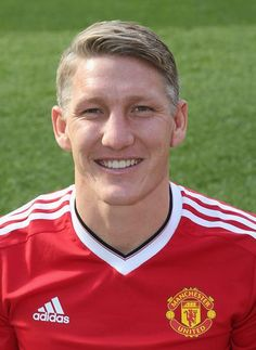 Bastian Schweinsteiger of Manchester United poses during the club's annual photocall at Old Trafford on September 28 2015 in Manchester England Manchester United Coach, Manchester England, Bastian Schweinsteiger, Best Football Team, Football Fans, Football Players, Old Trafford, Man Utd Fc, Squad Photos