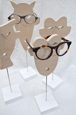Créateur de présentoirs à lunettes