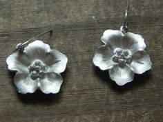 """""""metal flower dangle earrings, metal flower drop earrings, hippie earrings, simple flower earrings, silver tone flower earrings"""" - $21"""