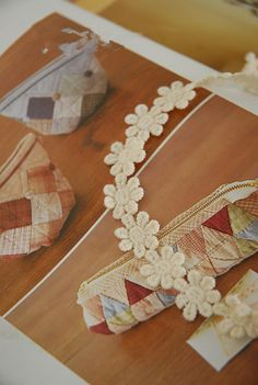 Beige Daisy Lace Trim  3 Yards  Beige Floral by lacetime on Etsy, $3.99