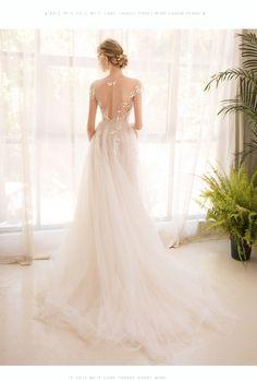 O-Neck Embroidered Organza Tulle Beach Wedding Dress - Uniqistic.com