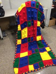 LEGO tm blanket. Crocheted. Need pattern (can almost figure it out on my own)
