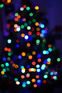 First attempt at Christmas tree bokeh Christmas Lights Images, Christmas Photos, Christmas Themes, Christmas Decorations, Cosy Christmas, Christmas Time Is Here, Christmas Nails, Christmas Gifts, Bokeh Wallpaper