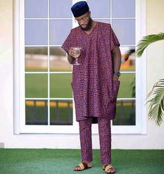 Latest native styles for men African Shirts For Men, African Dresses Men, African Clothing For Men, Latest African Fashion Dresses, African Wear, African Style, African Attire, African Beauty, Nigerian Men Fashion