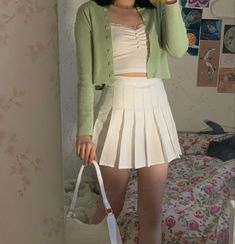 White Skirt Outfits, Pleated Skirt Outfit, Black Skater Skirt Outfit, White Pleated Skirt, White Tennis Skirt, Tennis Skirts, Cute Casual Outfits, Allura, Fashion Outfits