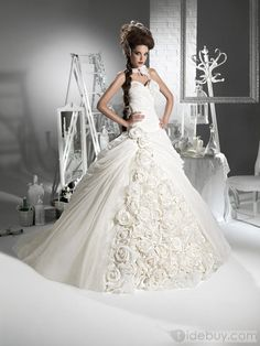 Gorgeous Ball Gown Sweetheart Floor-Length Flowers Chapel Wedding Dresses