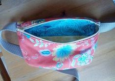 Fun Fanny Pack Tutorial   Easy Sewing Projects, Sewing Tutorials, Sewing Crafts, Do It Yourself Jeans, Fanny Pack Pattern, Diy Pouch No Zipper, Sewing Room Decor, Cute Crafts, Diy Crafts